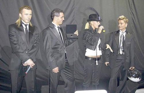 Бриллиантовая Motorola SLVR